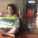 OKAKA giao đàn organ mini casio sa cho con gái chủ tiệm sửa xe Honda Tiến Mạnh