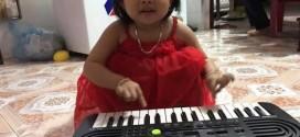 OKAKA giao đàn organ mini Casio SA-46 cho bé Sugar ở Bình Dương