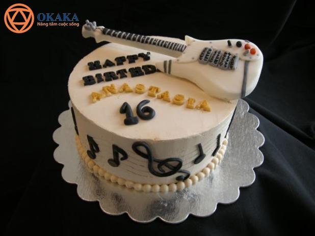 Trong bài viết này, OKAKA mời bạn chiêm ngưỡng những mẫu bánh sinh nhật hình đàn guitar độc đáo để bạn chọn cho sinh nhật của mình hay cho bạn bè người..