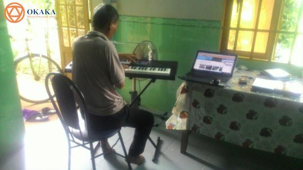 Hôm nay OKAKA đã có một chuyến vi vu tận Bà Rịa – Vũng Tàu để giao đàn organ Casio CTK-3400 cho ông Tường – ông trùm ở giáo xứ Phú Vinh (giáo phận Bà Rịa).