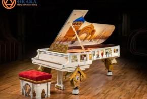 Vẻ đẹp độc đáo của cây piano Steinway lấy cảm hứng từ bản nhạc nổi tiếng của Mussorgsky