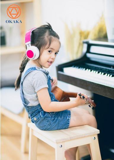 """Tiêu đề bài viết có thể khiến bạn nghĩ rằng bài viết này sẽ được triển khai theo hướng """"Con bạn có thể làm bất cứ điều gì nếu chúng đặt tâm trí vào đó"""". Vâng, điều này có thể đúng và cũng có thể sai, nhưng tôi sẽ cho phép bạn quyết định nơi bạn đứng để đặt câu hỏi về tài năng âm nhạc sau khi bạn đọc xong."""