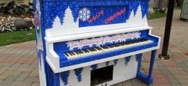 Tự sơn đàn piano cũ xem ra không hề khó!
