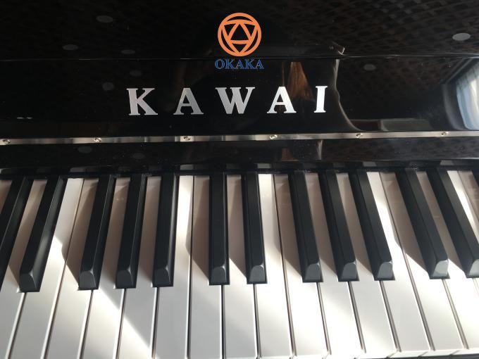 Được khách hàng tin tưởng thì còn gì bằng! Và anh Trí ở quận 7 là một ví dụ điển hình. Chiều tối hôm nay OKAKA đã đến tận nhà giao đàn piano cơ upright Kawai ND-21 cho anh.