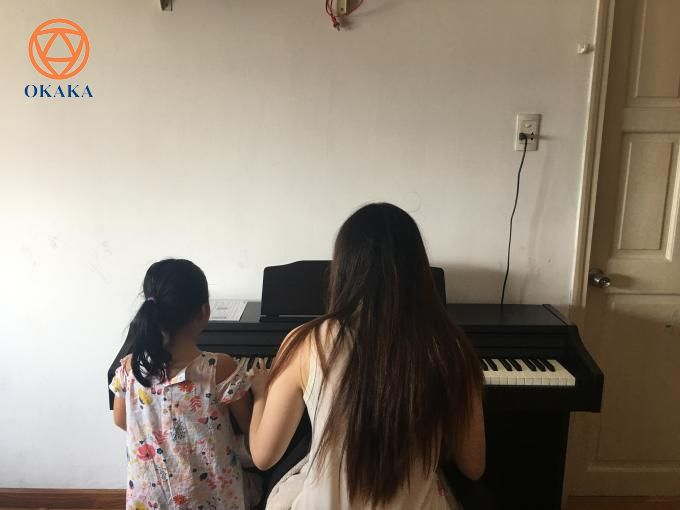 Trưa hôm nay, OKAKA đã đến chung cư Mỹ Phước, P.2, Q. Bình Thạnh giao đàn piano điện Roland RP-501R cho anh Hải.