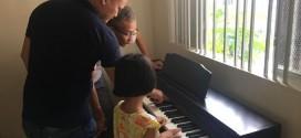 OKAKA giao đàn piano điện Roland RP-501R cho anh Hanh ở Bình Thạnh